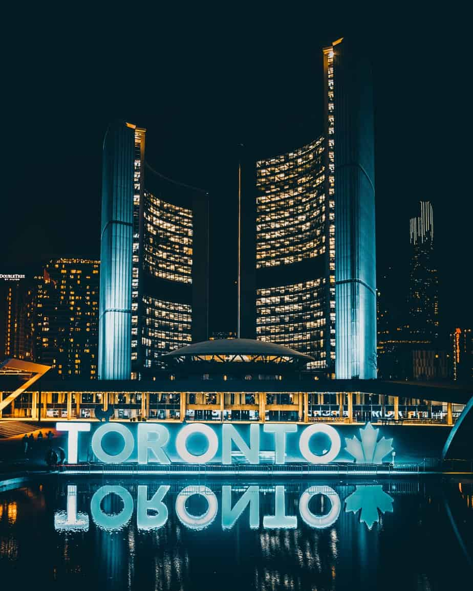32 Best Things To Do In Toronto For First Timers