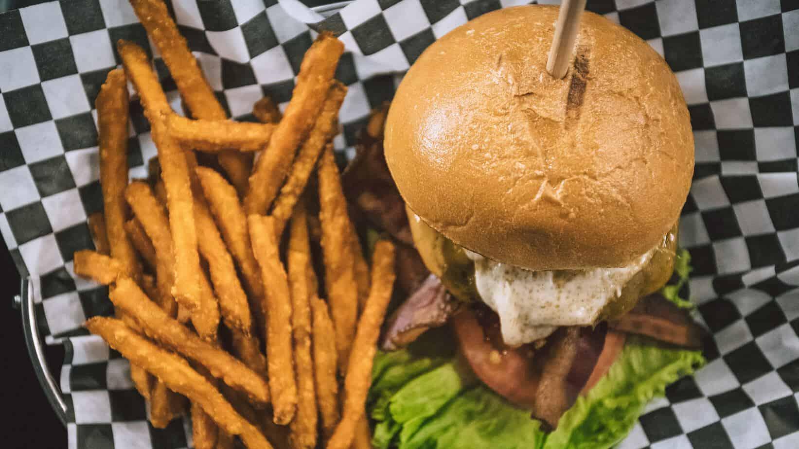 Best Burger in Chicago | MVMT Blog